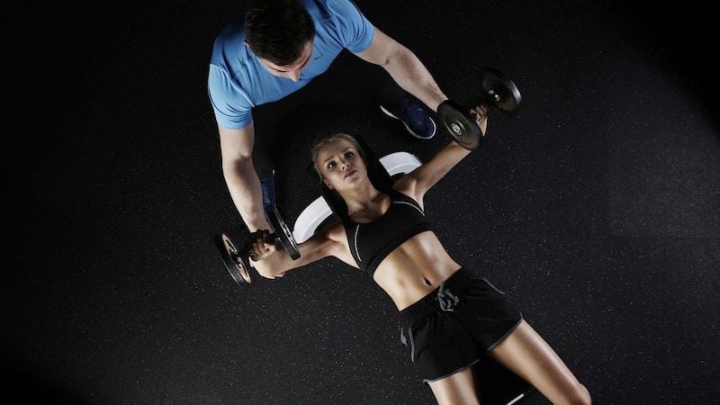 Tipps Muskelaufbau Erholung Essen Ernährung Training Muskeln
