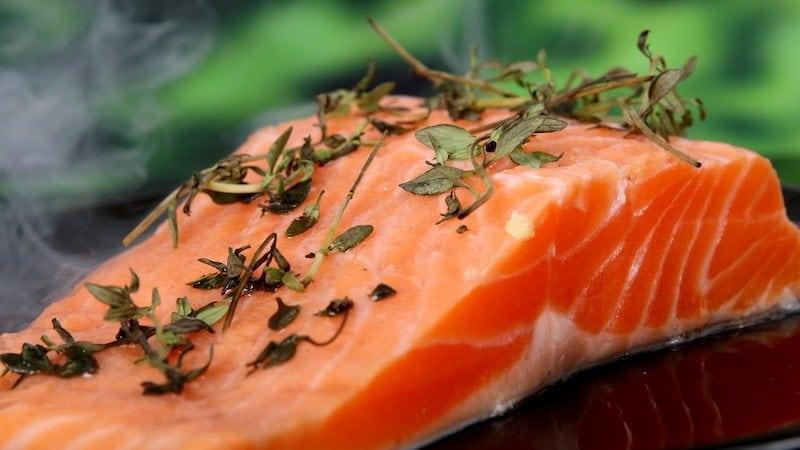 L-Arginin Fisch Lachs Grundlagen Aminosäure