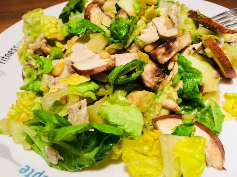Der Protein Salat mit Hähnchenbrust