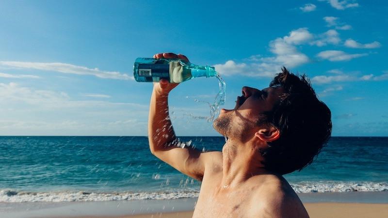 Trinken Wasser Sport Wasserhaushalt Zellhaushalt Flüßigkeit