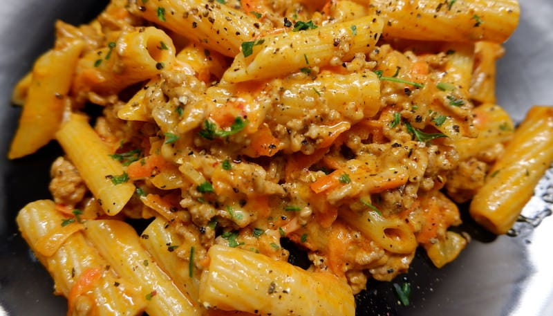 High-Carb-Nudeln-Bolognese