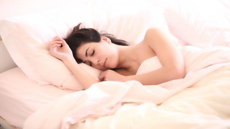 Late-Night-Snacks, Schlaf, Ernährung, Gesundheit