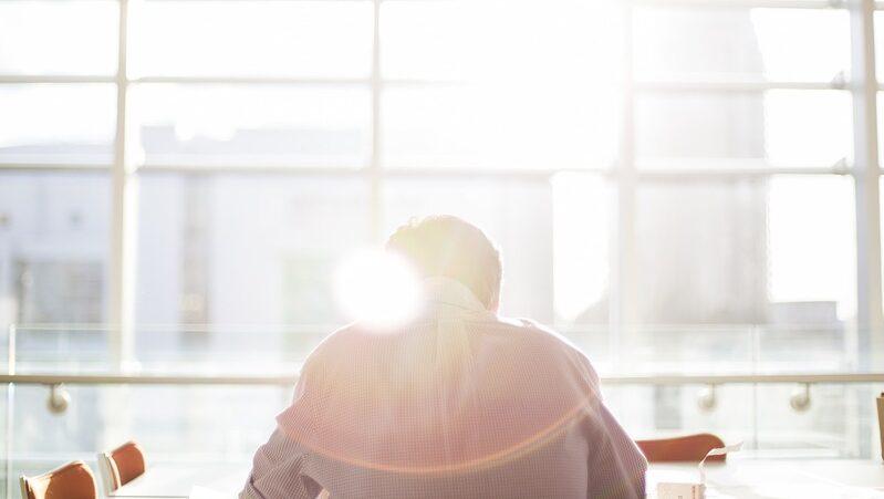 Sonne, Büro