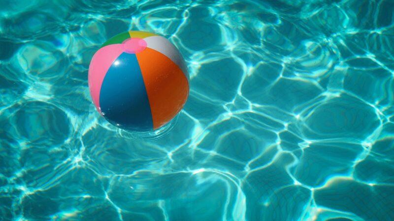 Pool, Wasser, Gummiball